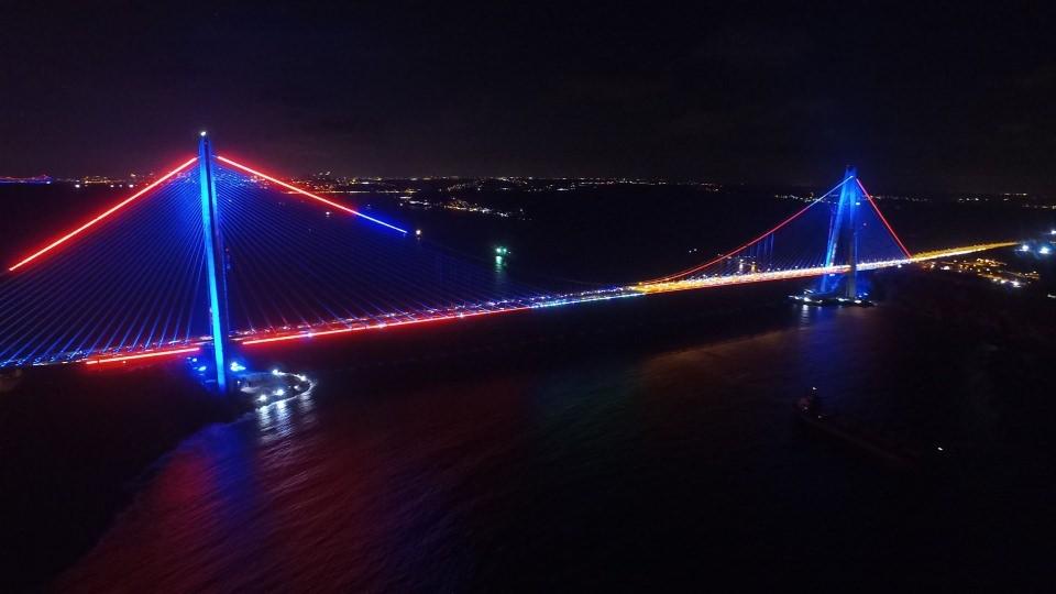 3. Köprü'de dikkat çeken ayrıntı 37