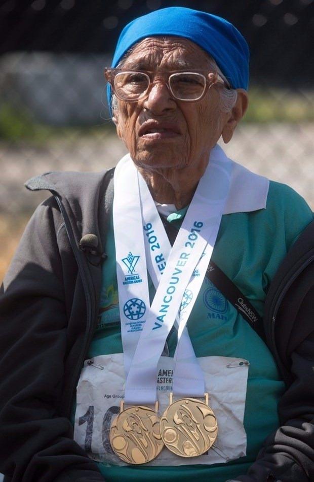 100 yaşında altın madalya kazandı 4