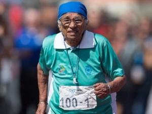 100 yaşında altın madalya kazandı