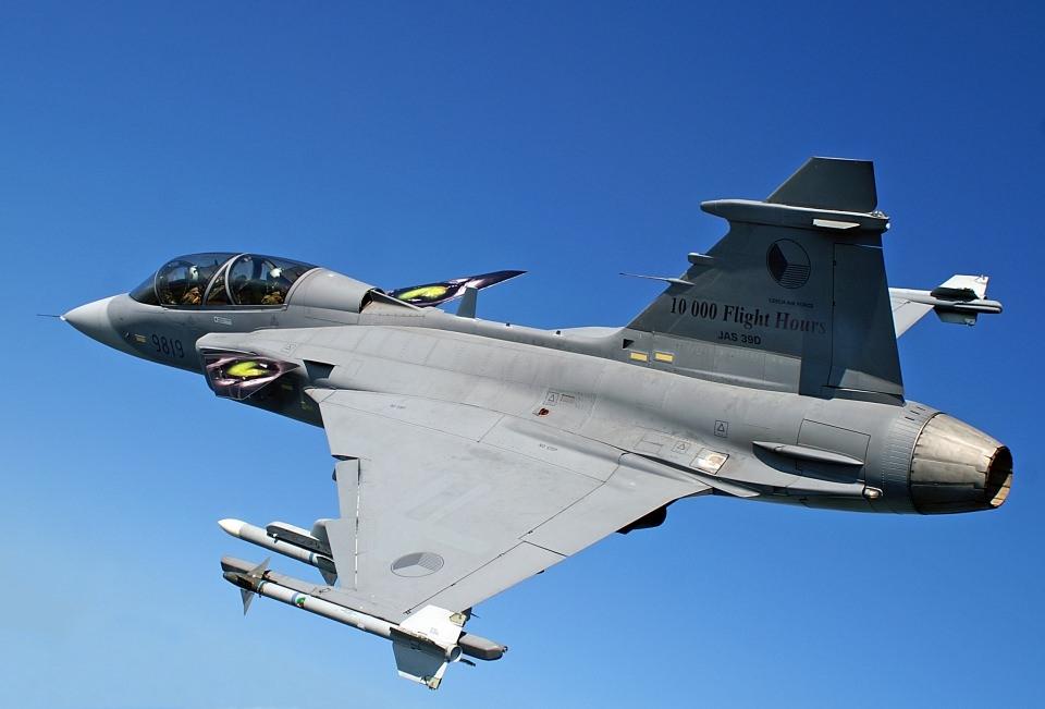 En pahalı savaş jetleri hangi ülkede? 6
