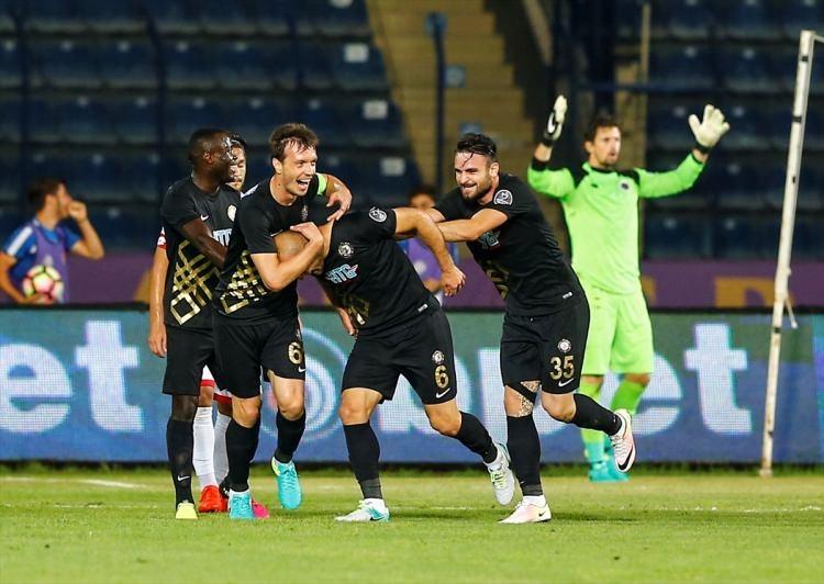 İşte Spor Toto Süper Lig'in en değerli kadrosu! 14
