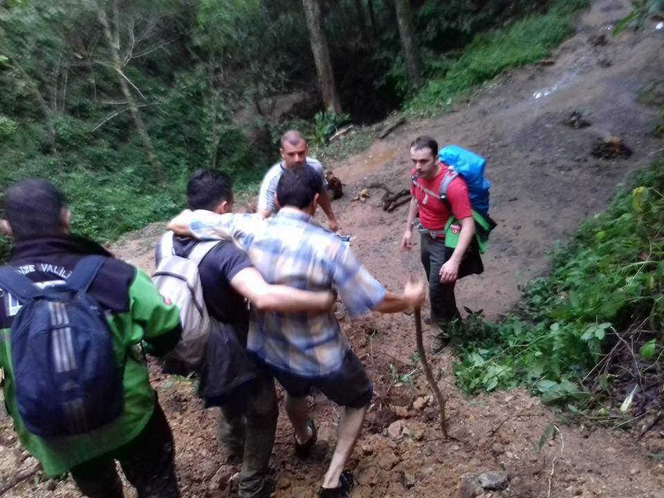 RİKE ve UMKE mahsur kalan 9 vatandaşı kurtardı 2