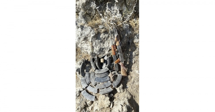 PKK'lı cesetleri etrafa saçılmış! 7