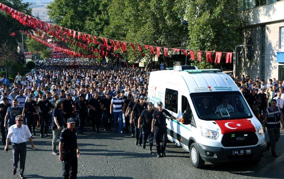 Türkiye şehitlerini uğurluyor 2