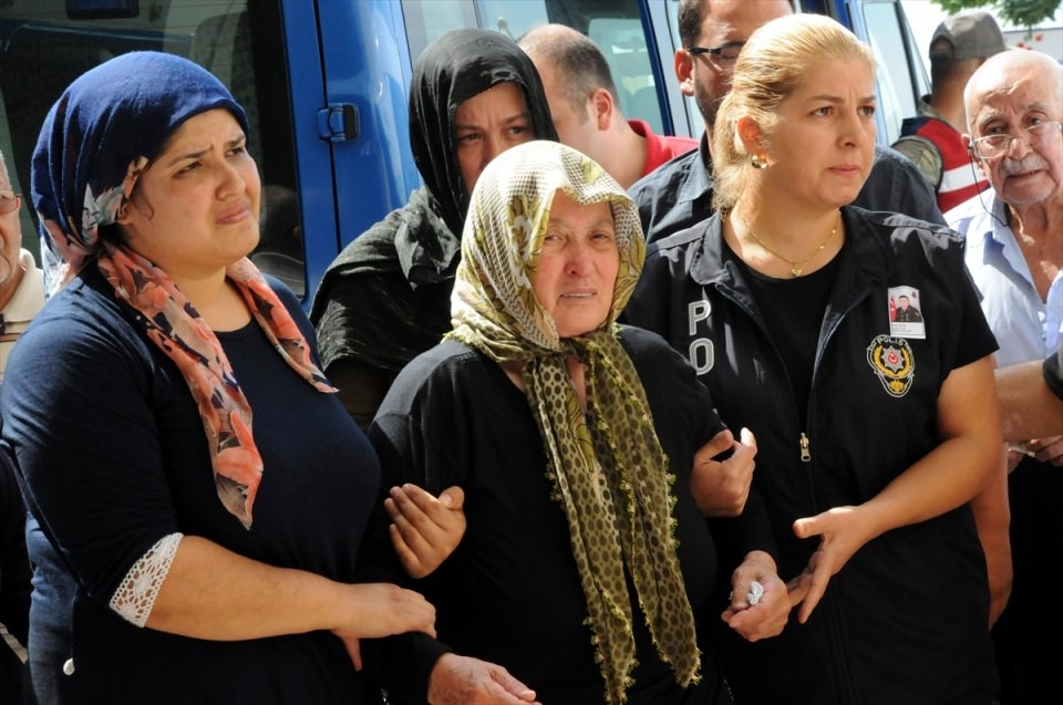 Türkiye şehitlerini uğurluyor 25