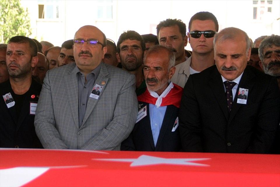 Türkiye şehitlerini uğurluyor 61