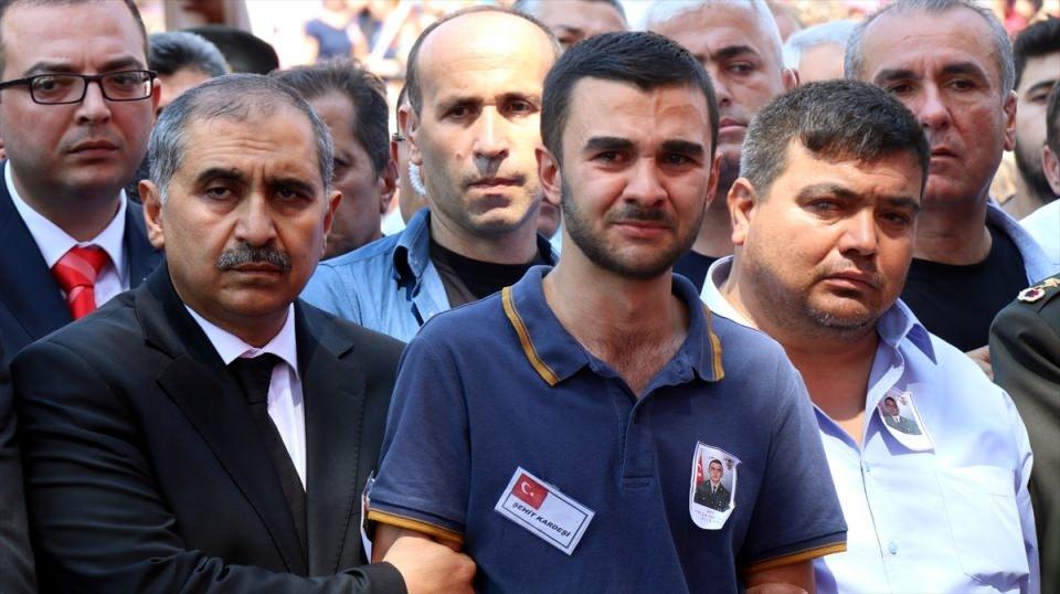 Türkiye şehitlerini uğurluyor 68