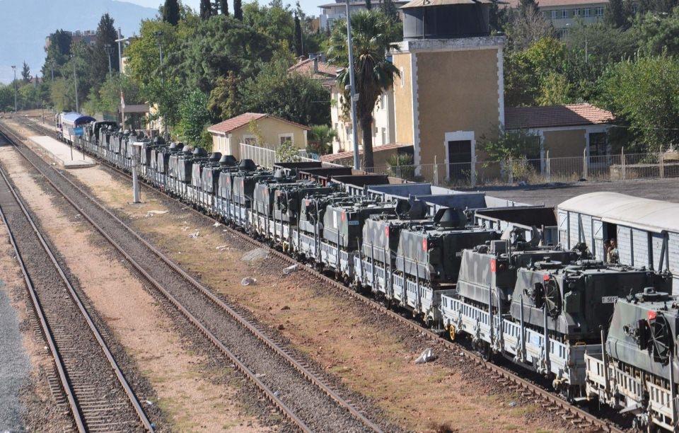 İstanbul'dan yola çıkan zırhlı araçlar Gaziantep'e ulaştı 2