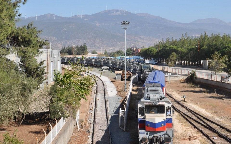 İstanbul'dan yola çıkan zırhlı araçlar Gaziantep'e ulaştı 4