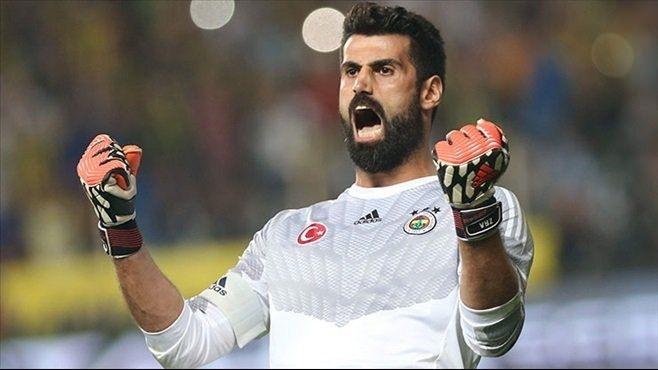 İşte Süper Lig'in en çok kazanan futbolcusu 8