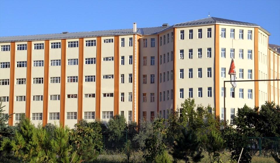 Erzurum'daki FETÖ okulunda özel bölüm 1