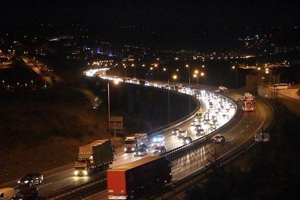 Tatilin 7 gününde kaza bilançosu: 60 ölü, 371 yaralı 15