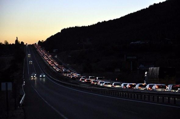 Tatilin 7 gününde kaza bilançosu: 60 ölü, 371 yaralı 2