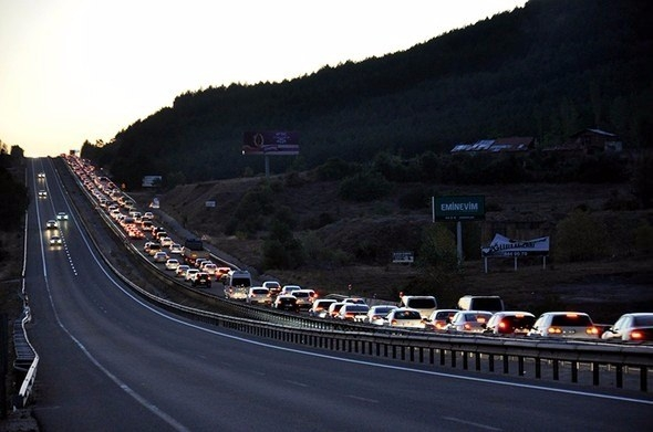 Tatilin 7 gününde kaza bilançosu: 60 ölü, 371 yaralı 5