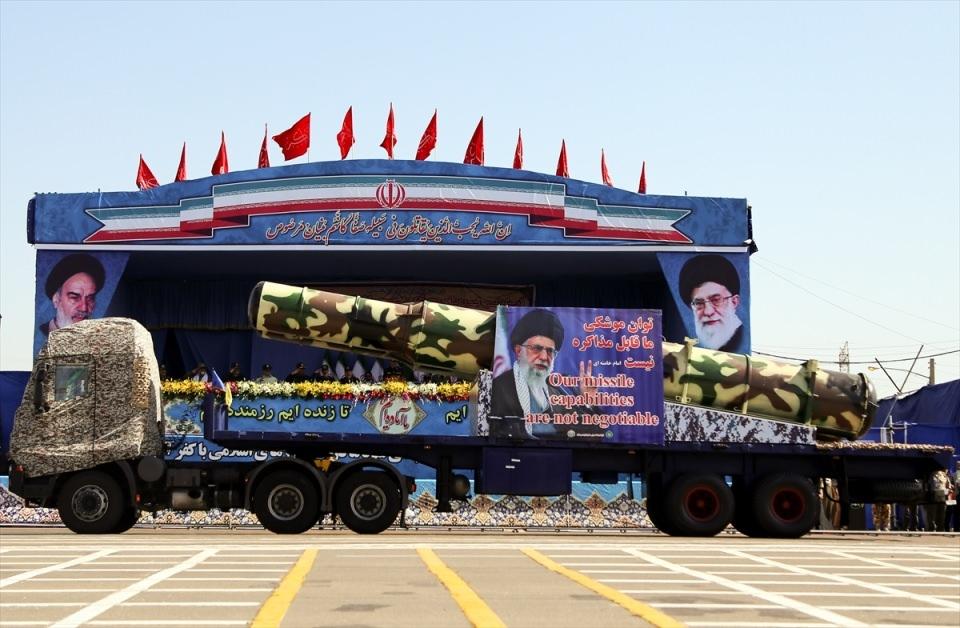 İran'dan dünyaya gövde gösterisi 2