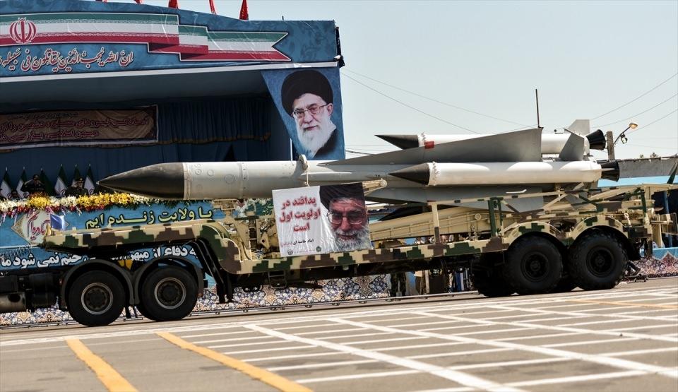 İran'dan dünyaya gövde gösterisi 23