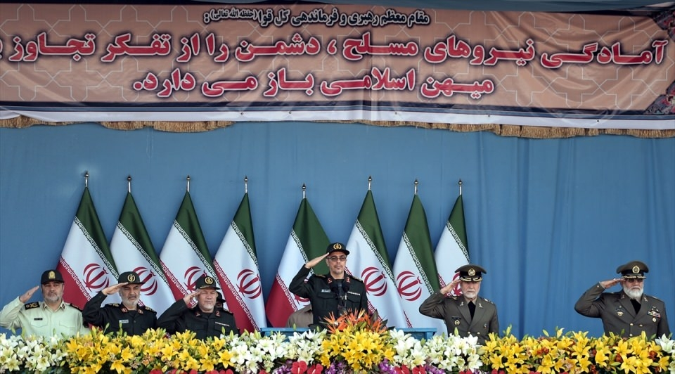 İran'dan dünyaya gövde gösterisi 24