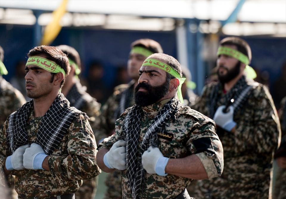 İran'dan dünyaya gövde gösterisi 28
