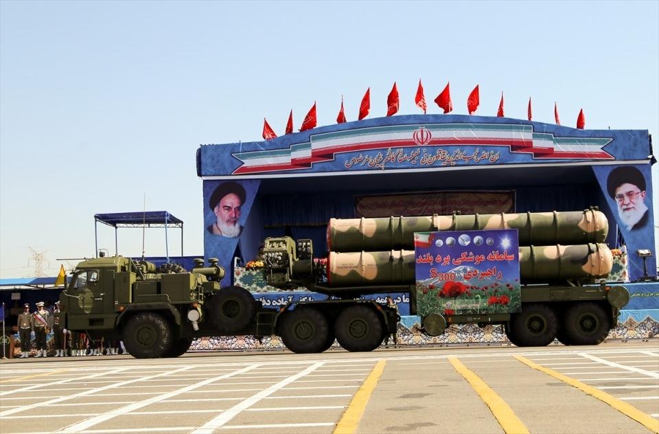 İran'dan dünyaya gövde gösterisi 3
