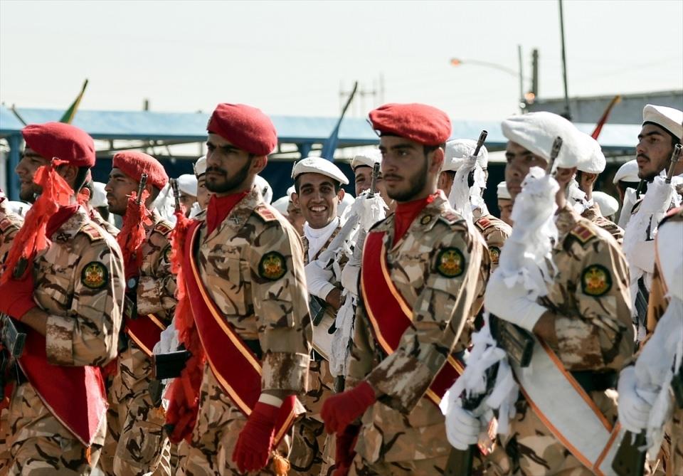 İran'dan dünyaya gövde gösterisi 47