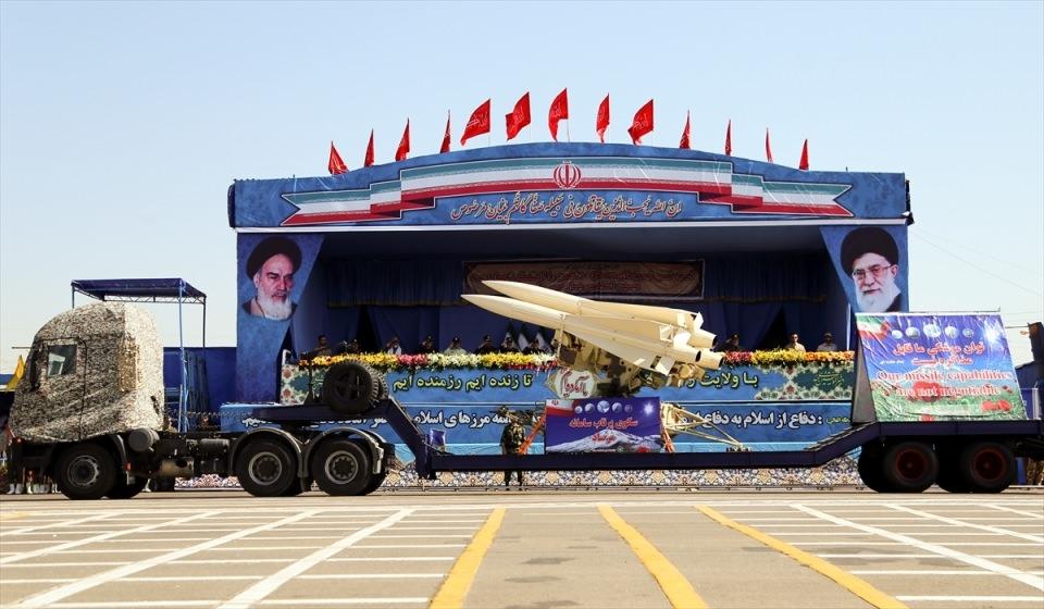 İran'dan dünyaya gövde gösterisi 5