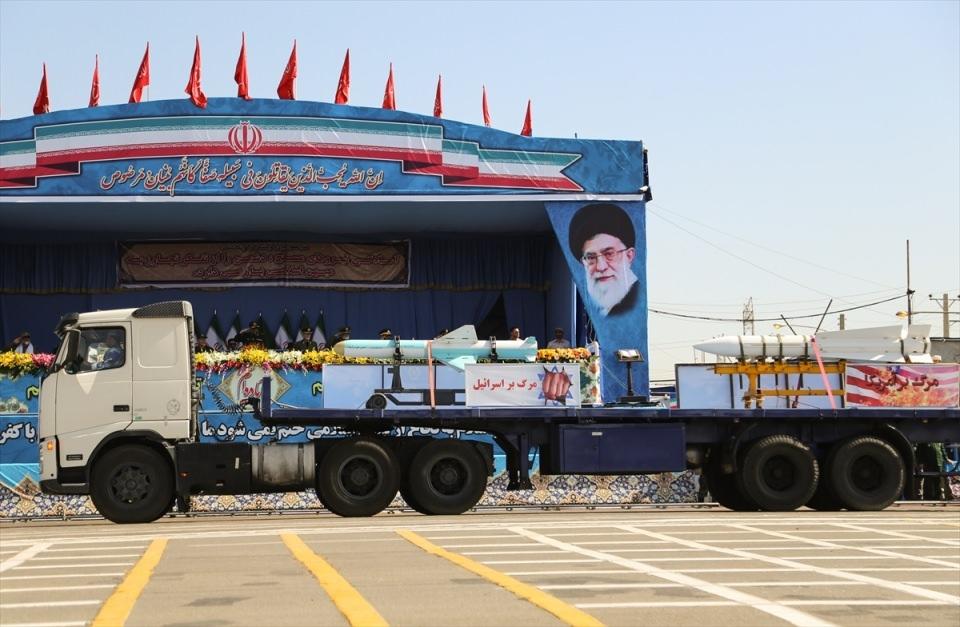 İran'dan dünyaya gövde gösterisi 8