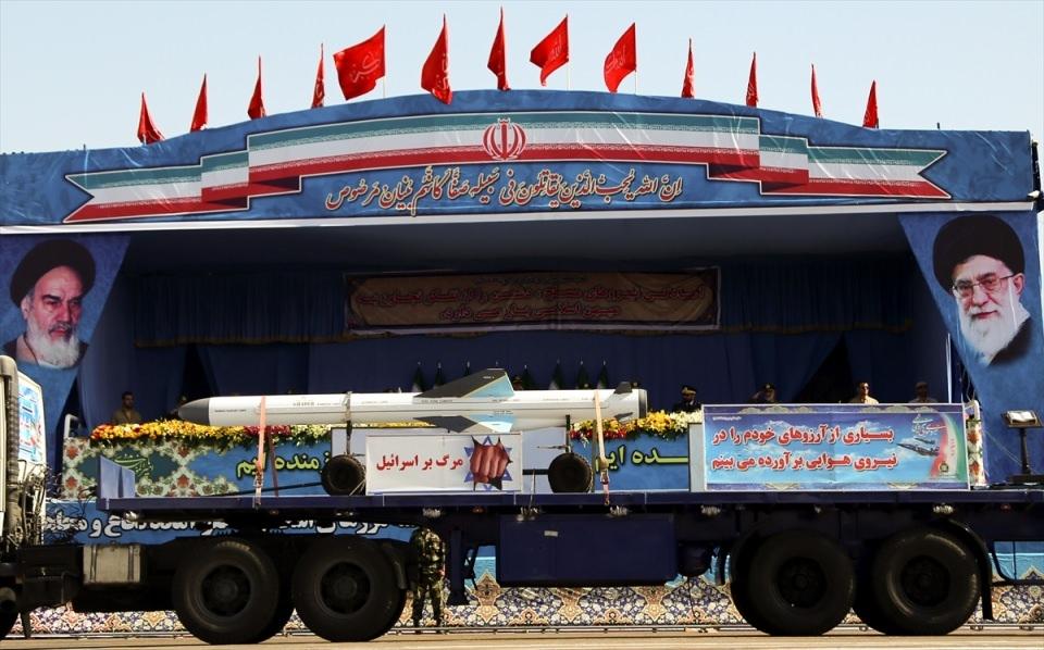 İran'dan dünyaya gövde gösterisi 9