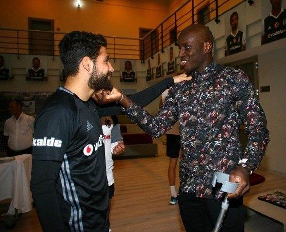 G.Saray maçı öncesi Beşiktaş'a büyük sürpriz! 1