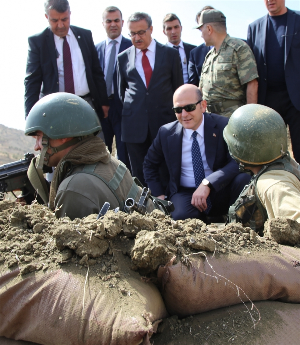 İçişleri Bakanı Soylu, o bölgeyi inceledi 10