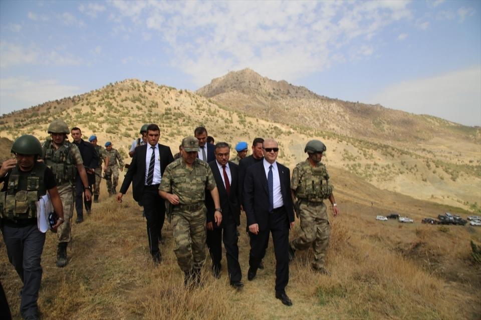 İçişleri Bakanı Soylu, o bölgeyi inceledi 11