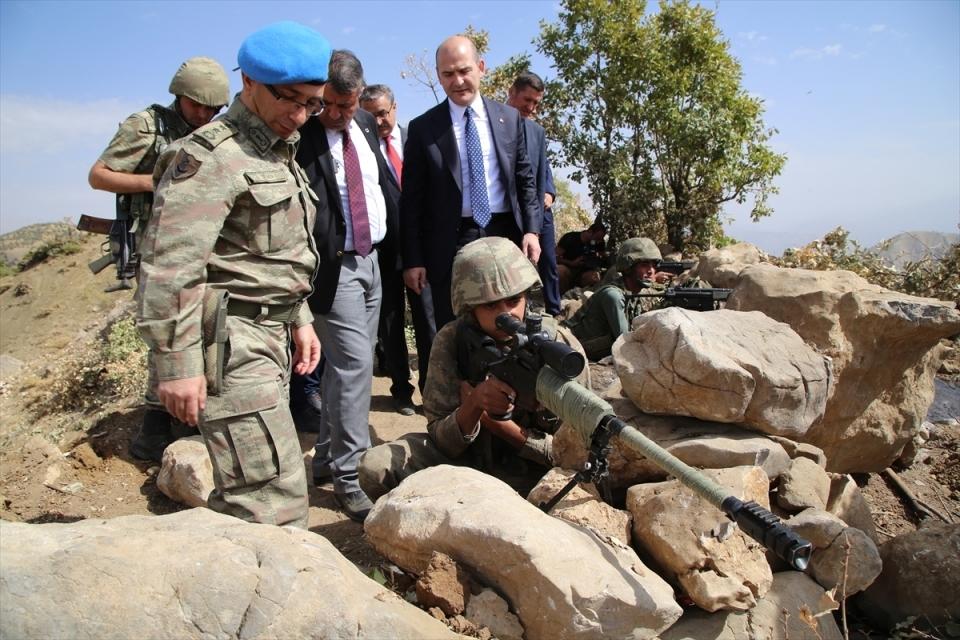İçişleri Bakanı Soylu, o bölgeyi inceledi 4