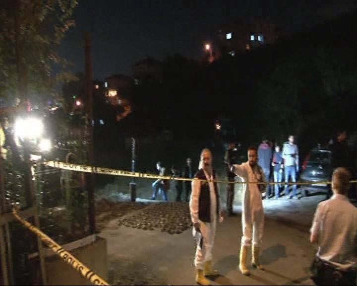 İstanbul'da boş arazide çok sayıda tabanca bulundu 9
