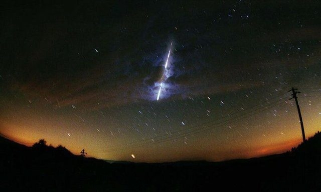 Son yılların en büyük meteoru Dünya'ya çarptı 6