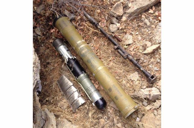 Hakkari'de PKK'ya ait cephanelik ele geçirildi 14