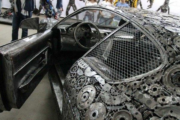 Hurdadan yapılan otomobil efsaneleri göz kamaştırıyor 38