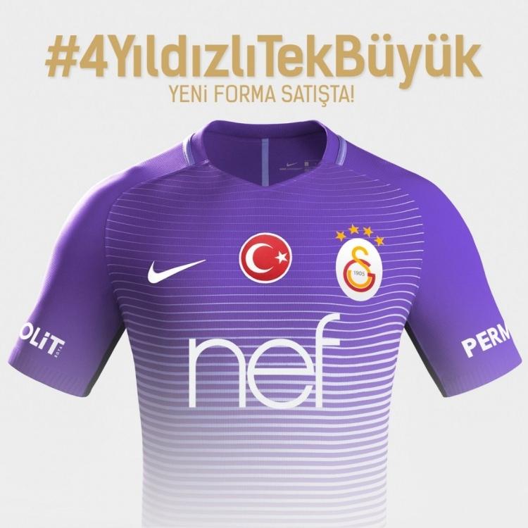 Galatasaray mor formasını tanıttı 1