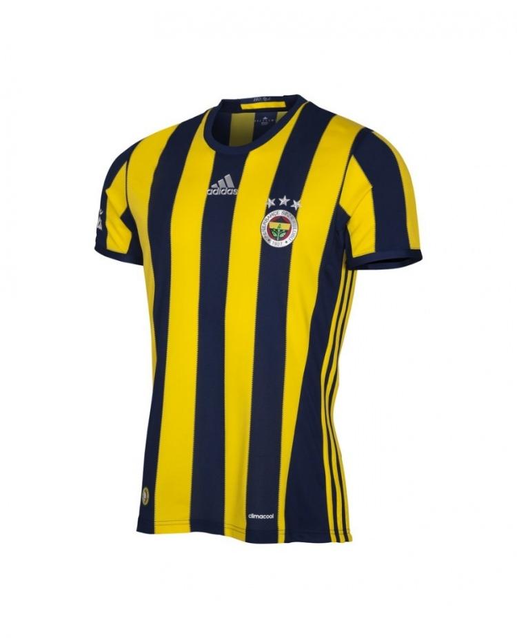 Galatasaray mor formasını tanıttı 16