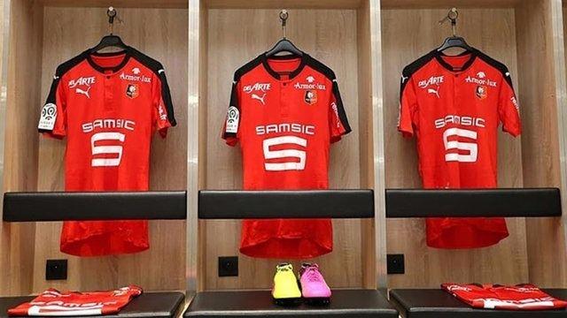 Galatasaray mor formasını tanıttı 89