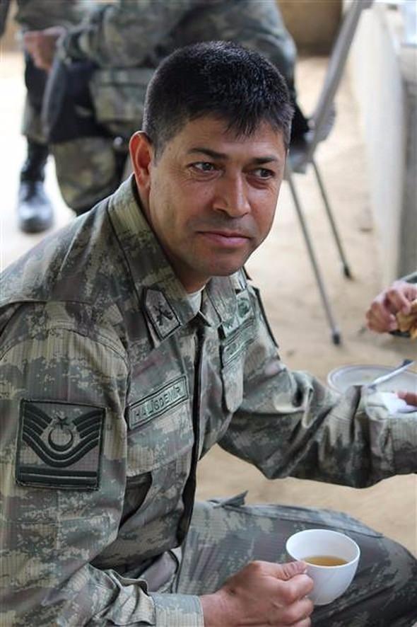 Kahraman Şehit Ömer Halisdemir'in görmediğiniz fotoğrafları... 7
