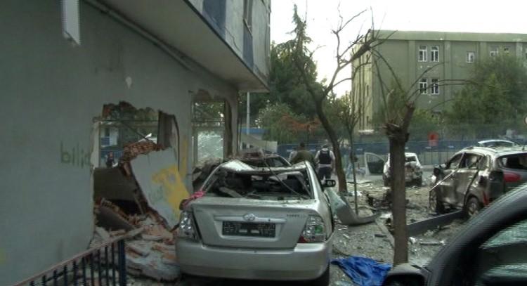 Yenibosna'daki patlamadan ilk görüntüler 11