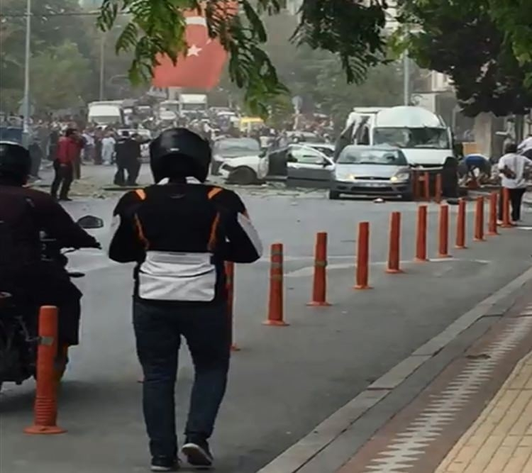 Yenibosna'daki patlamadan ilk görüntüler 13
