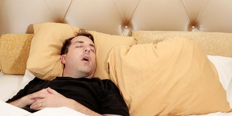 Erkekler neden daha fazla ve gürültülü horlar? 10