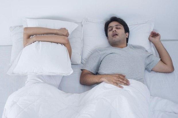 Erkekler neden daha fazla ve gürültülü horlar? 15
