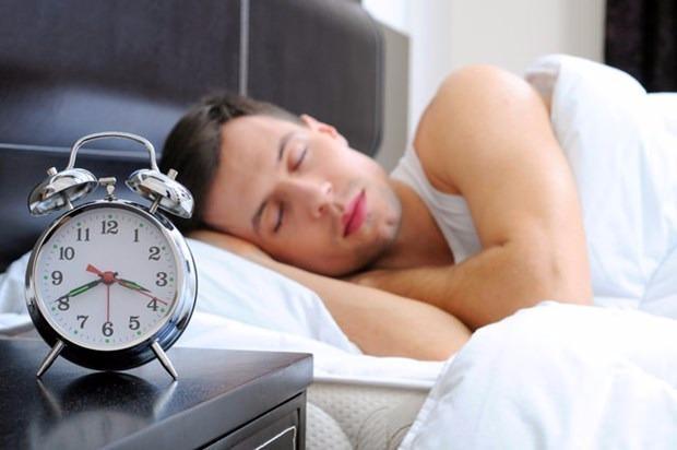 Erkekler neden daha fazla ve gürültülü horlar? 4