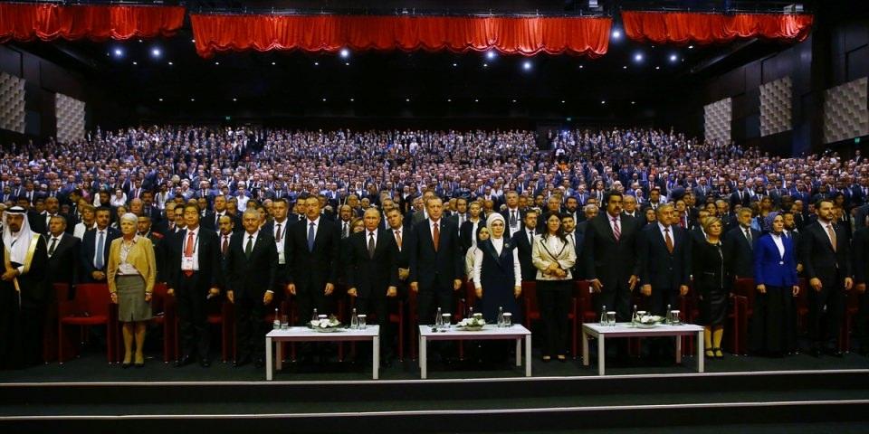 Putin kriz sonrası ilk kez İstanbul'da 16