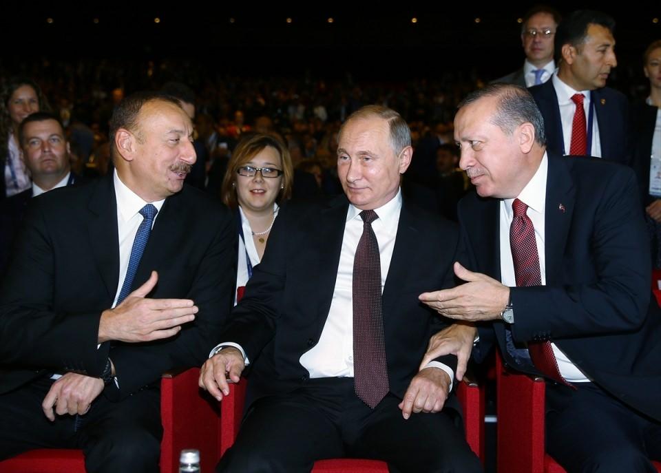 Putin kriz sonrası ilk kez İstanbul'da 23
