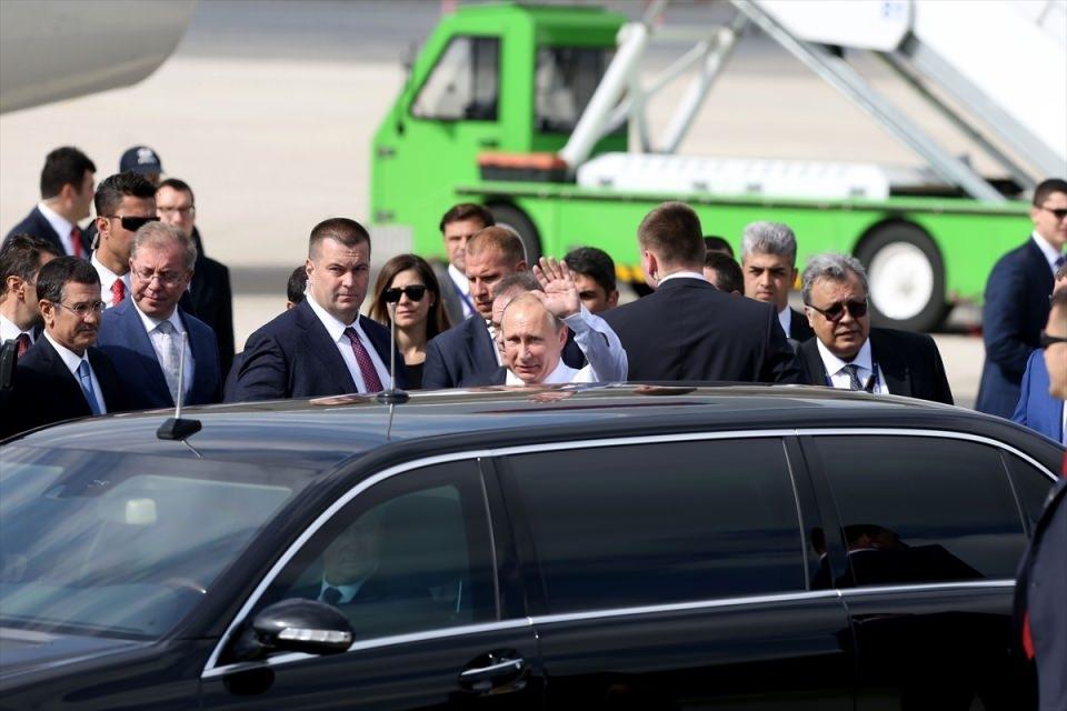 Putin kriz sonrası ilk kez İstanbul'da 33