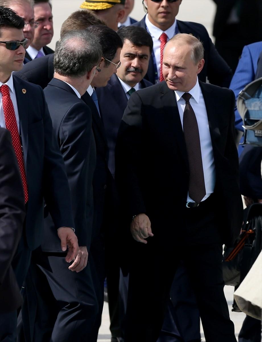 Putin kriz sonrası ilk kez İstanbul'da 42