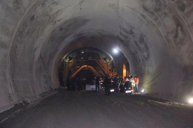 Ovit Tüneli'nde ışık göründü 24