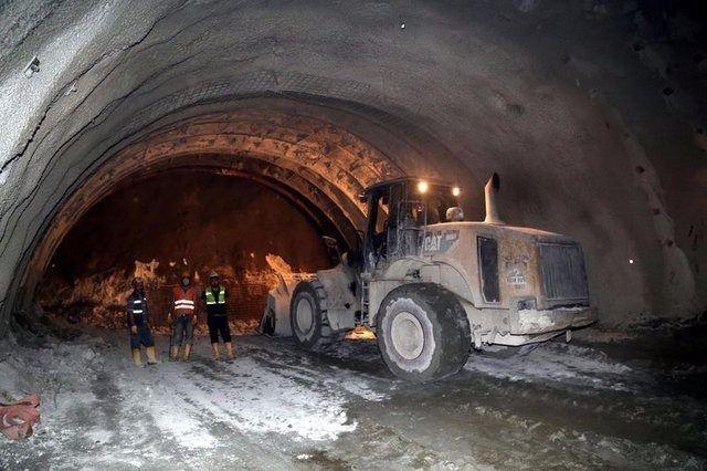 Ovit Tüneli'nde ışık göründü 7